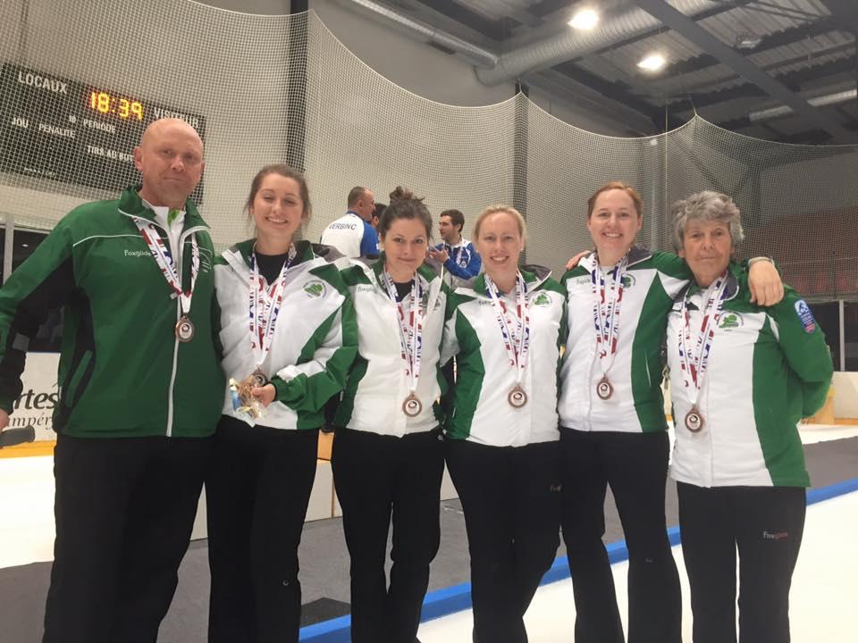Ladies-with-bronze-medals