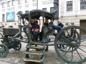 Team Transport. I'm sure Catherine the Great won't miss it